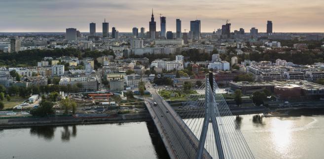 Polska utrzyma solidny poziom wzrostu gospodarczego w tym roku, który sięgnie 3,5% - prognozuj Coface.