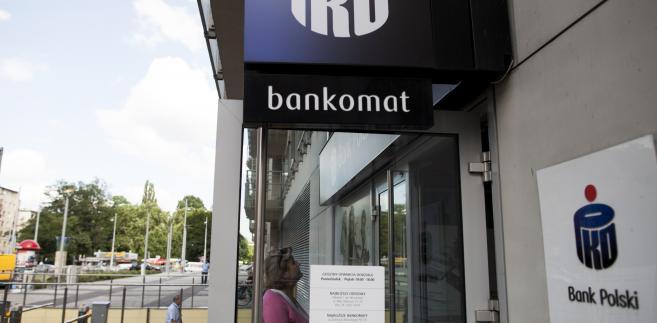 Bankomat banku PKO BP we Wrocławiu