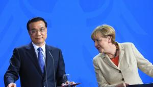 Premier Chin Li Keqiang i kanclerz Niemiec Angela Merkel