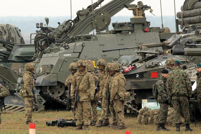 """Bemowo Piskie: ćwiczenia wojskowe """"Dragon-15"""" (mgo) PAP/Tomasz Waszczuk"""
