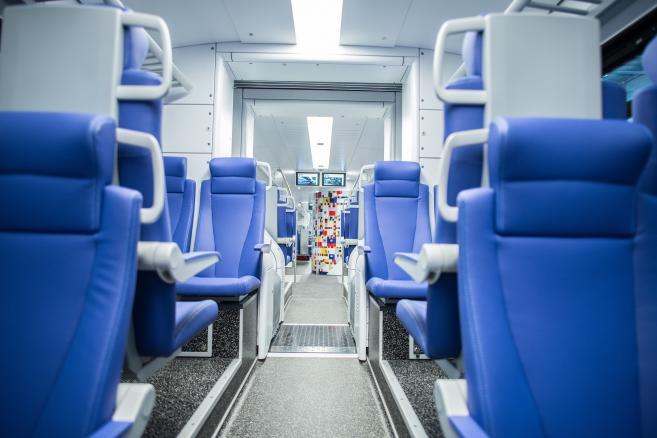 Fot. 1. Przedział drugiej klasy w pociągach Flirt dla Kolei Holenderskich