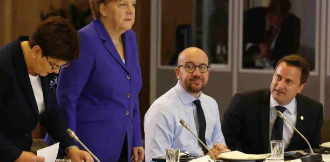 Premier Beata Szydlo, kanclerz Niemiec Angela Merkel, premier Belgii Charles Michel i premier Luksemburga Xavier Bettel PA/PASCAL ROSSIGNOL / POOL Dostawca: PAP/EPA.
