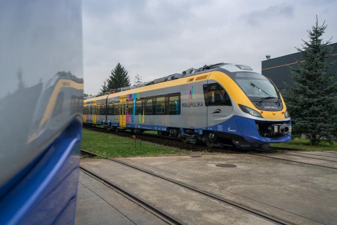 Newag przekazuje nowe Impulsy dla Małopolski