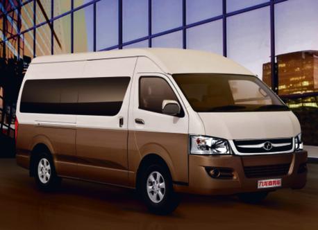 Joylong, rodzinne auto z zasięgiem 500 km na jednym ładowaniu fot. materiały prasowe