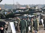Miłosz: Kto obroni armię przed ministrem obrony?