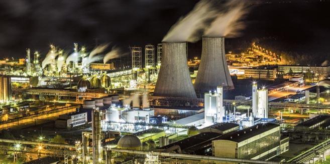 Polski przemysł chemiczny na plusie