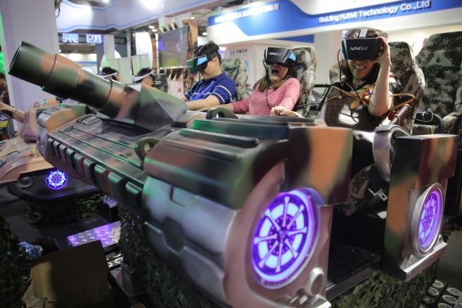Międzynarodowa wystawa High-Tech Expo w Pekinie - Wirtualne rzeczywistość to idealny produkt dla gier komputerowych