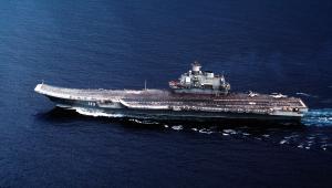 Rosyjski lotniskowiec Admirał Kuzniecow,, największy lotniskowiec wybudowany w Europie.