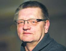 Piotr Wroński pracował w Wydziale XI Departamentu I SB MSW (zwalczanie dywersji ideologicznej). Po rozwiązaniu SB przeszedł do UOP. Od 2002 r. w Agencji Wywiadu. Przez 6 lat przebywał na placówce w Londynie. Z agencji odszedł w 2013 r. w stopniu pułkownika fot. Stefan Maszewski/Reporter