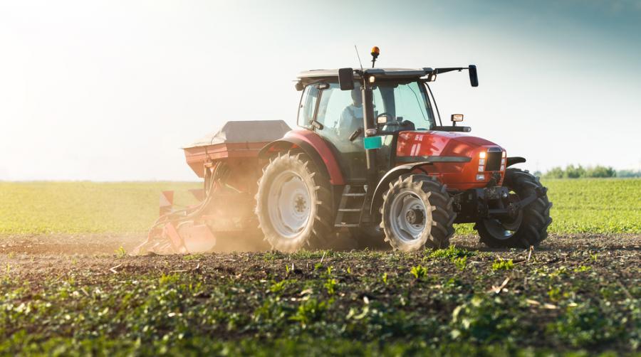 rolnik, rolnictwo, ciągnik
