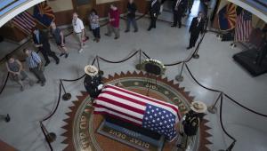 Pożegnanie senatora Johna McCaina